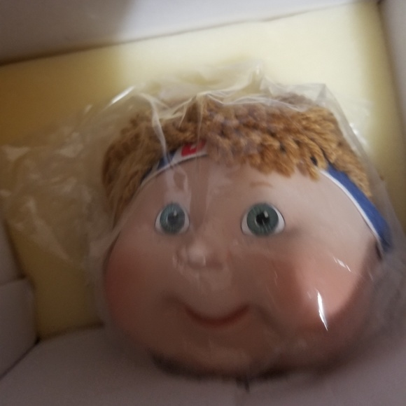 danbury mint Other - cabbage patch